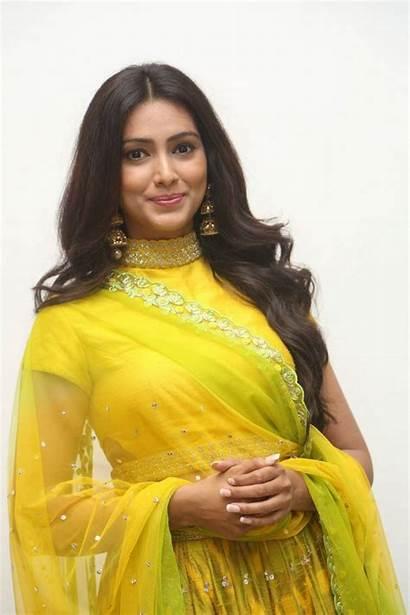 Pallavi Subhash Naruda Launch Audio Yellow Stills