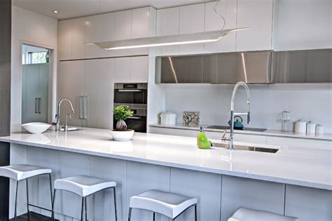 modern kitchen white quartz stainless steel