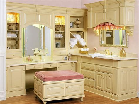 vintage makeup vanity the value and how to choose