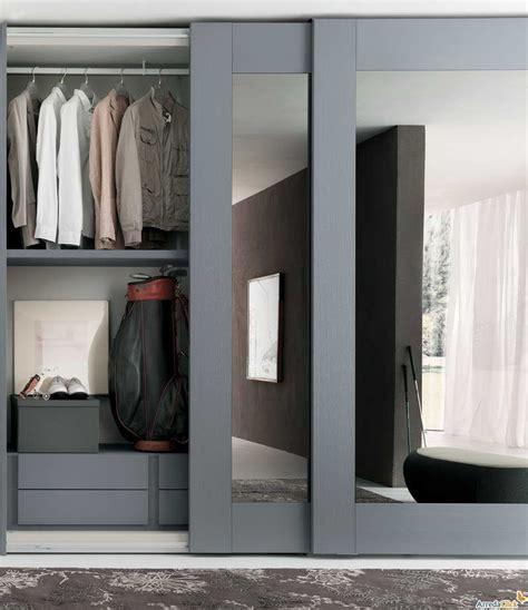 create      room   closet door