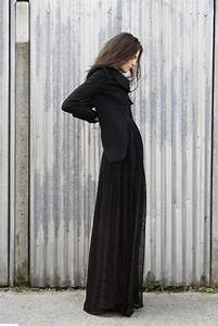 How to wear the long skirt in winter? | Dress like a parisian