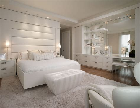 Glamorous Small Bedroom Design Ideas With White Low