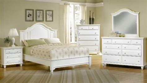 Bedroom Furniture Sets White by Perks Of White Bedroom Furniture Sets Blogbeen