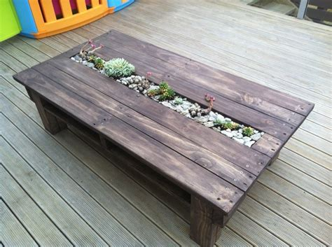 amazing recycled pallet tables  planters pallet wood projects