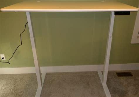 autonomous standing desk review autonomous smartdesk 2 standing desk review the gadgeteer