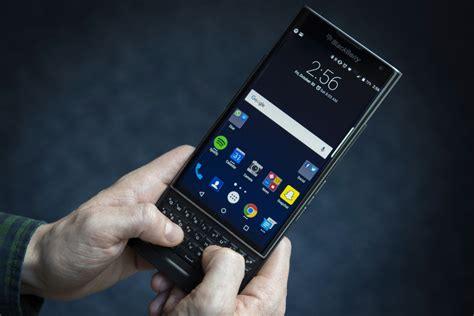 blackberry earnings  show priv smartphone impact