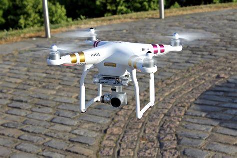 dji phantom  professional review   drone perfect  amateurs  pros alike