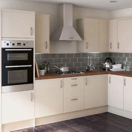 Cream Kitchen With Grey Tiles And Wooden Worktop  Google