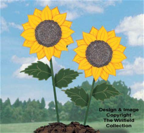 yard art woodcraft plans giant yard sunflowers woodcraft