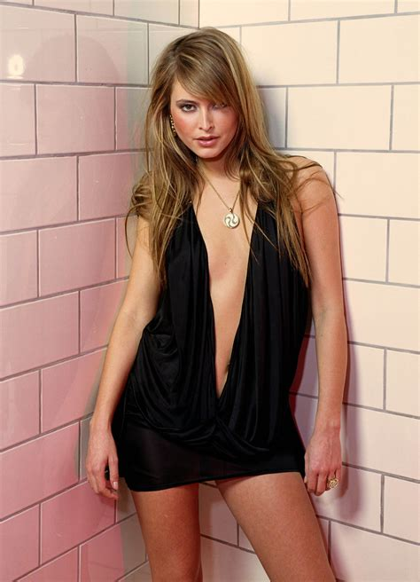 Holly Valance Photo 174 Of 270 Pics Wallpaper Photo