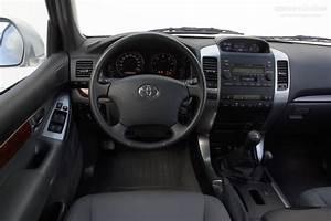 Toyota Land Cruiser 120 3 Doors Specs  U0026 Photos