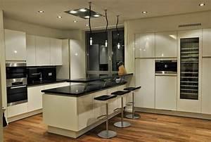The most popular kitchen design trends 2015 modern kitchens for Top modern kitchen designs 2015