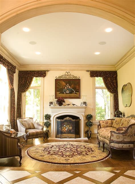 Sophisticated European Style Living Room Decor #16022