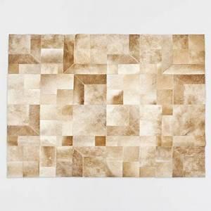 les 25 meilleures idees de la categorie tapis cuir sur With tapis persan avec cuir canapé abimé