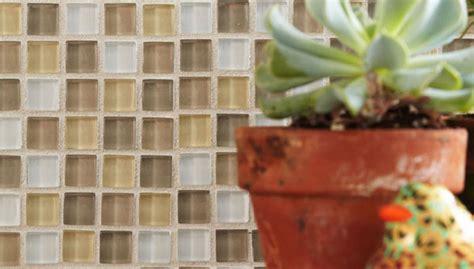 install  kitchen glass tile backsplash