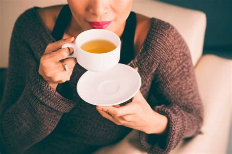 Can't we all just get along? Coffee vs. Tea: What Happens When You Switch? | Reader's Digest
