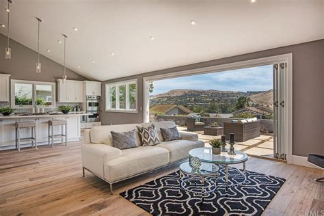 Best Selling Home Decor: Irvine Ranch Ranked As Top Selling Home Community
