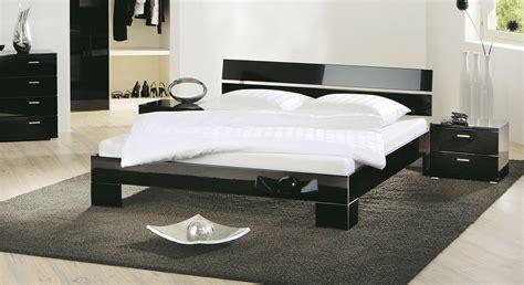 Design Bett Black & White Auf Rechnung Bestellbar Bettende