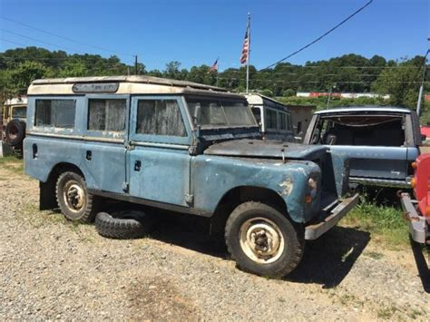 1975 Land Rover 109 For Sale