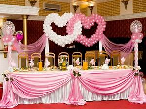 Room decor for couples, wedding balloon decoration for