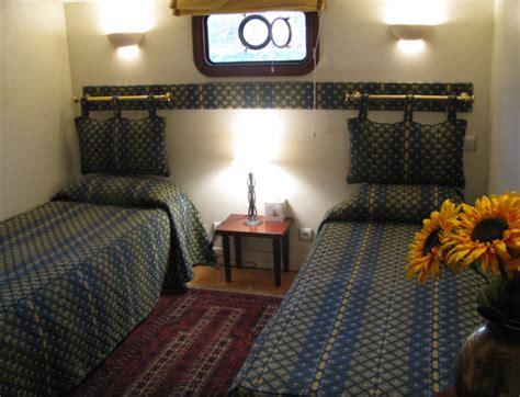 chambre peniche chambres d 39 hôtes sur la péniche isatis