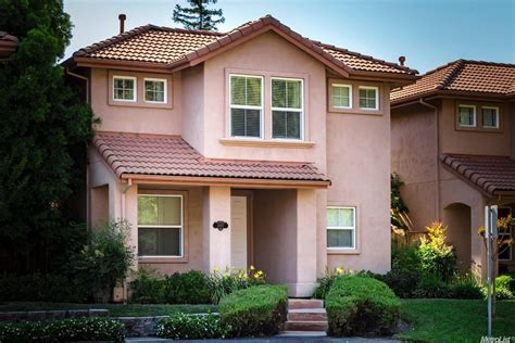concrete and clay tile roof costs and pros and cons