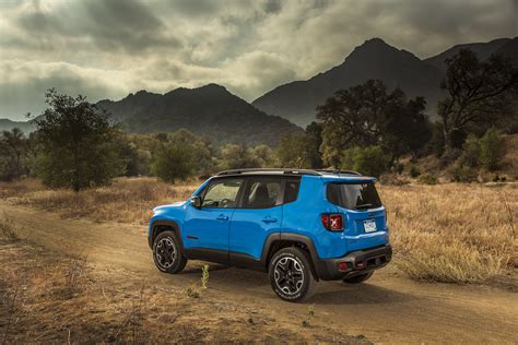jeep renegade trailhawk blue jeep 39 s new groove