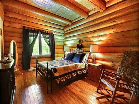 canapé lit superposé orignal au chalet en bois rond quoi faire en famille