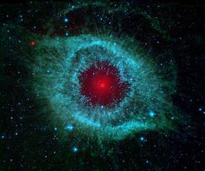File:Comets Kick up Dust in Helix Nebula (PIA09178).jpg ...