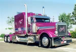 Semi Show Trucks