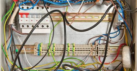 Signs You May Have Problem With Your Electrical Wiring