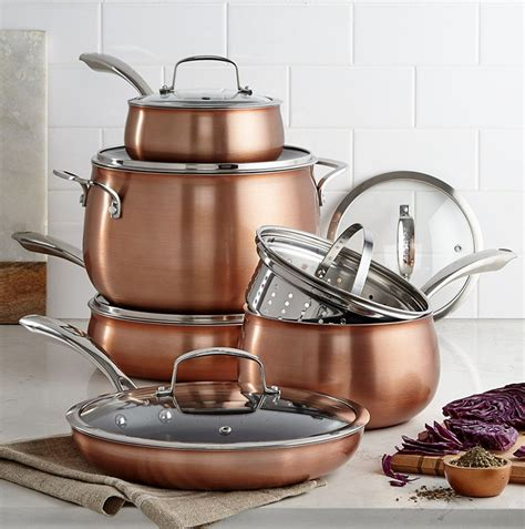 kitchen decor ideas  ways  add copper   kitchen contemporist