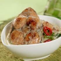 Welcome to bang reii cooking show, hari ini bang reii mau masak ikan tengggiri pesmol bumbu kuning ,berikut ini resepnya: IKAN TENGGIRI MASAK SANTAN | Aneka Resep Masakan