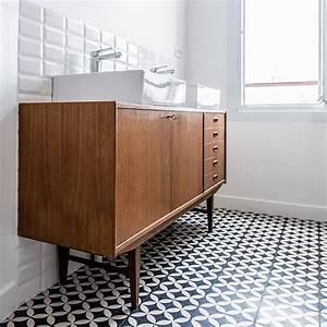 Meuble Vasque Retro : la commode vasque quand la salle de bains fait salon inspiration bain ~ Teatrodelosmanantiales.com Idées de Décoration