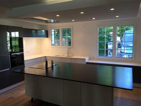 cuisine en granit petit ilot central cuisine 2 plan de travail de cuisine