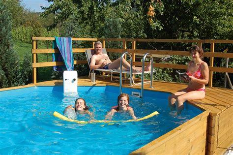 Schwimmbecken Im Garten by Pool Anlegen Schwimmbecken F 252 R Den Garten Bauen