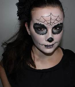 Maquillage D Halloween Pour Fille : modele de maquillage pour halloween facile maquillage facile halloween femme blog festimania ~ Melissatoandfro.com Idées de Décoration