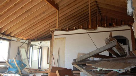 how to remove a load bearing interior wall how to identify a load bearing wall