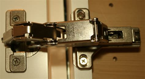 kitchen cabinet hinges types learn more about ideal kitchen cabinet hinges the homy