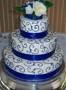 White And Blue And Gold Cake | Blue and Gold Wedding Cakes ...
