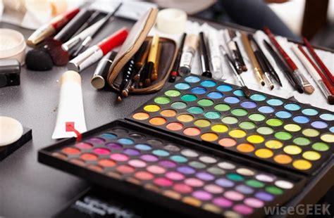 Makeup, by Ayenur, makyaj Makyaj-malzemesi.com - Easy Counter Professinoal makeup m Toptan, makyaj