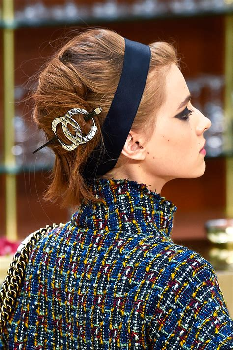 The Grown-up Guide to Hair Accessories | Glamour