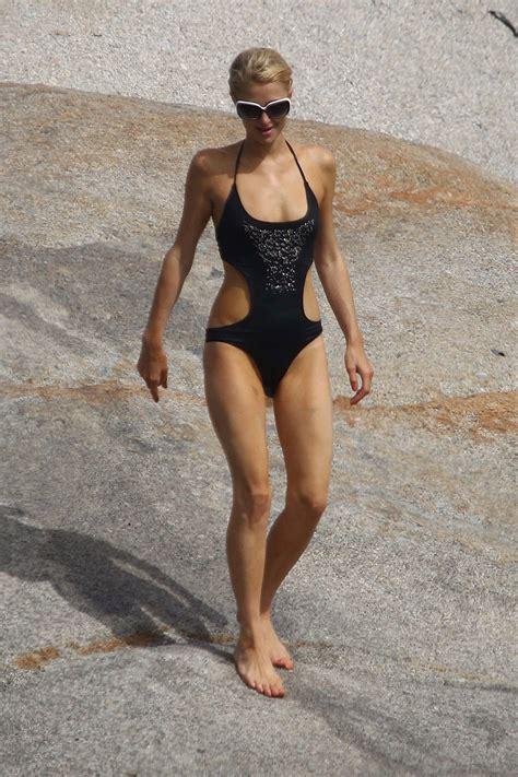 paris hilton  bikini   beach  france hawtcelebs