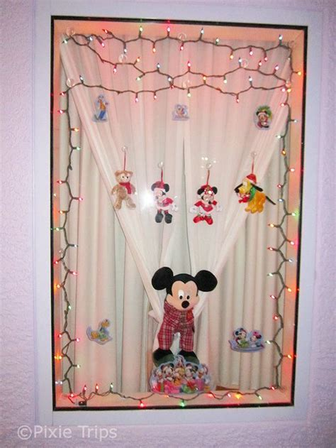 When Do Disney Hotels Decorate For - 69 best images about disney resorts window decor on