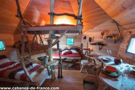 chambres dans les arbres cabane la tribu perchée bol d 39 air cabane dans les