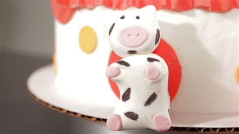 How To Sew Cowhide by How To Make A Fondant Cow Howcast The Best How To