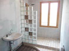 Design et style pour la brique de verre seves glassblock for Salle de bain design avec billes de verre décoratives