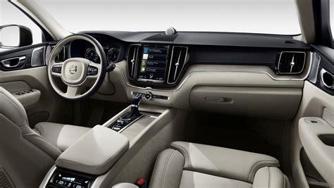 volvo xc unveiled  hp  plug  hybrid paul