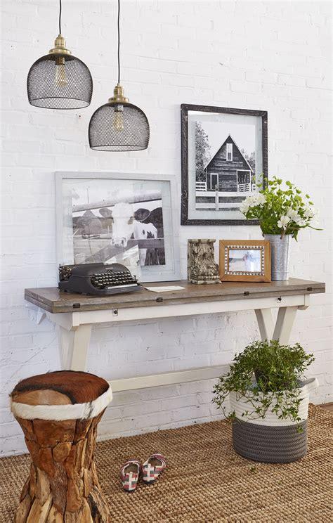 Get Look Farmhouse Style by Modern Farmhouse Entryway How To Get The Look Hallways