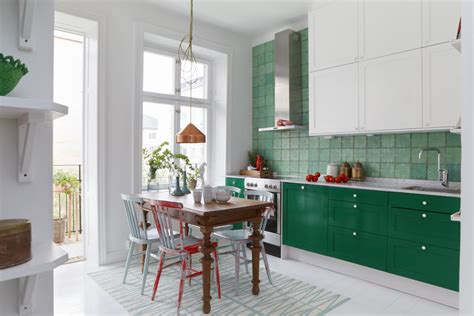 green and white kitchens verde na cozinha jeito de casa de decora 231 227 o e 3963